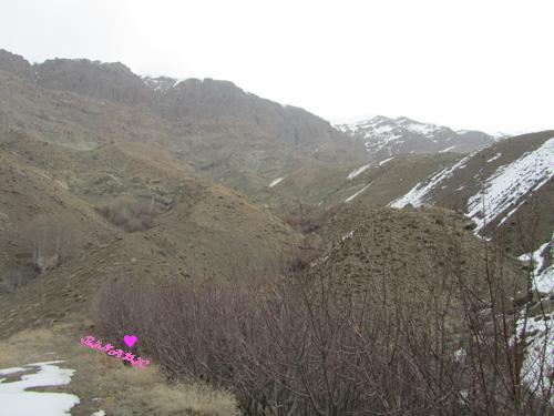 کوه کندر کرج روستا شنا در استخر کوهی